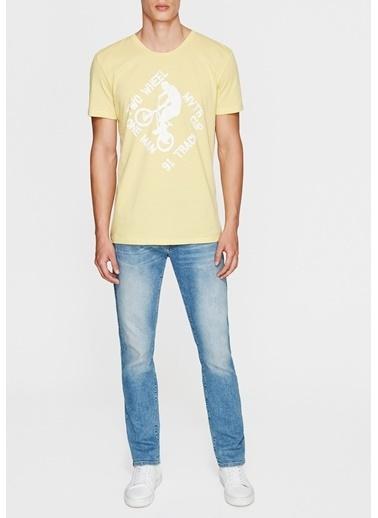 Mavi Baskılı Tişört Sarı